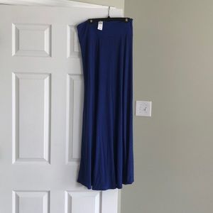 NWT Gap long skirt size small